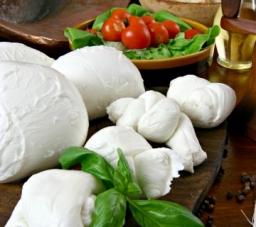 Mozzarela italiana 45%mm 2,5 kg